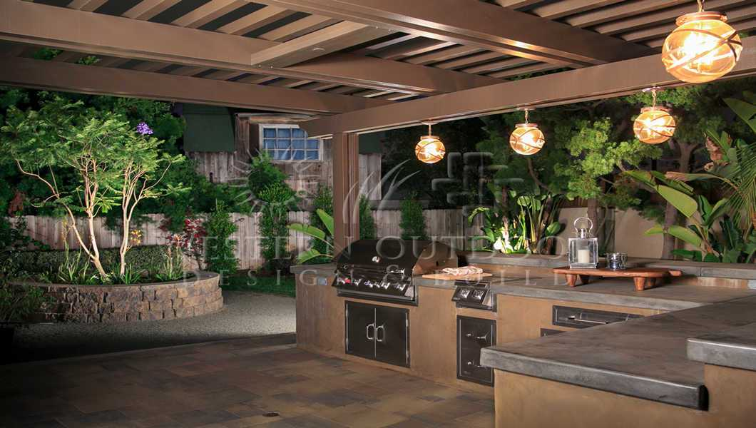 Outdoor Kitchens – Stucco